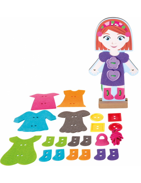 Oblékací panenka s pomocí vyšívání