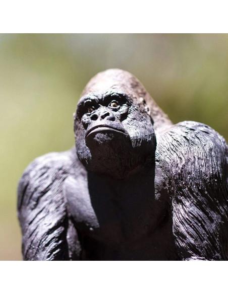 Stříbrohřbetý samec gorily