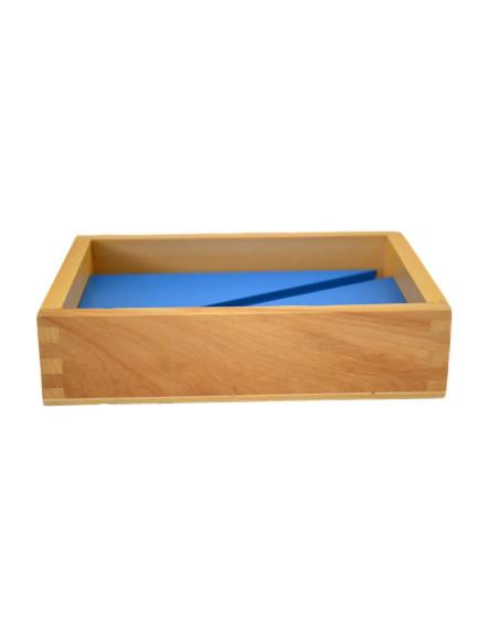 Krabička s modrými trojúhelníky