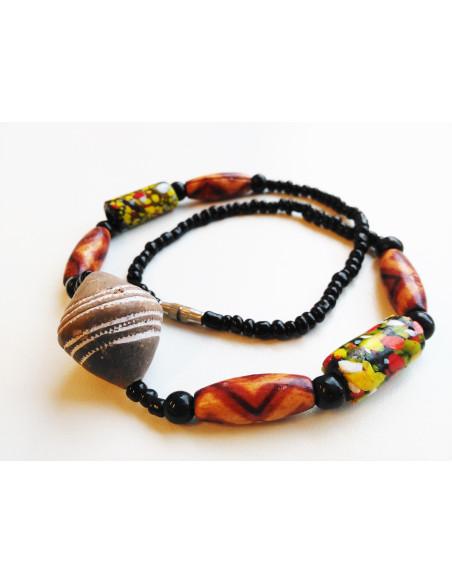 Náhrdelník s velkým keramickým korálem